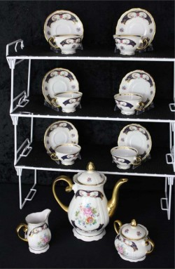 Bayreuth Bavaria Germany Gloria Porcelain China Vintage Tea Set by Handwork , A 17 Piece Set , Service for Six