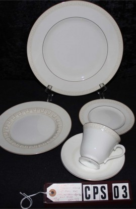 Wedgewood Fine Bone China Athens Pattern 501300 , A 5 Piece Set , Cup , Saucer , with Dessert , Accent , Dinner Plates