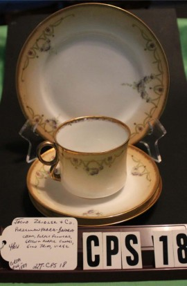 Jacob Zeidler China Bavaria Porzellan Fabrik Gold Blush Pattern Tea Trio Plus , Cup , 2 Saucers and Dessert Plate