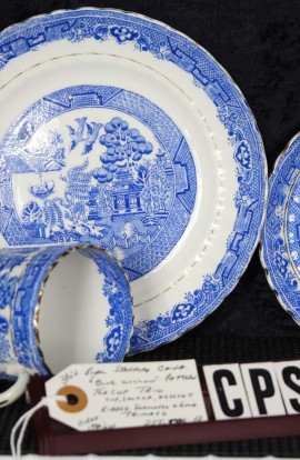 Royal Stafford Fine Bone China Blue Willow Pattern RSTBLW1 Antique Trio Tea Set , Cup , Saucer and Tea Plate