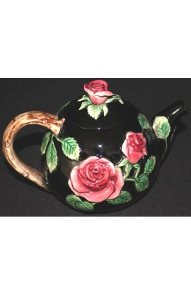 Fitz and Floyd Fine Ceramic Midnight Rose Pattern 48oz Teapot