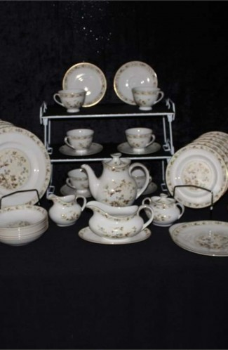 Royal Doulton Mandalay Pattern Bone China Dinnerware