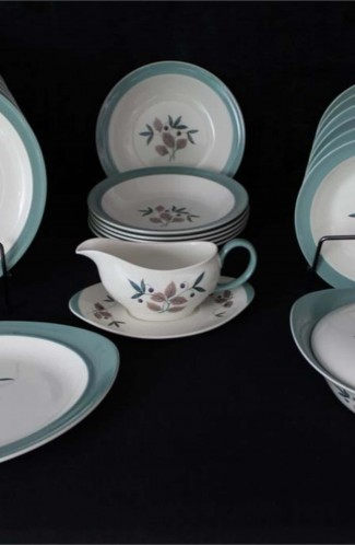 Wedgwood Brecon Pattern Fine Bone China Dinnerware