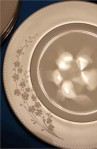 Lenox Classic Bellini Gold Accent Pattern Bone China , Close up of Dinner Plate Pattern
