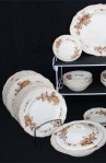 Royal Doulton Earthenware China Wilton Pattern D6226 - Soup, Salad, Fruit Bowls