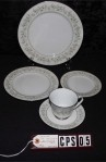 Noritake Fine China Savannah Pattern 2031 Vintage , A 5 Piece Set, Cup , Saucer , and Dessert , Accent , Dinner Plates