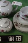 Fine China of Japan Moss Rose Pattern Fine Bone China Vintage Tea Set , Red Rose Pattern
